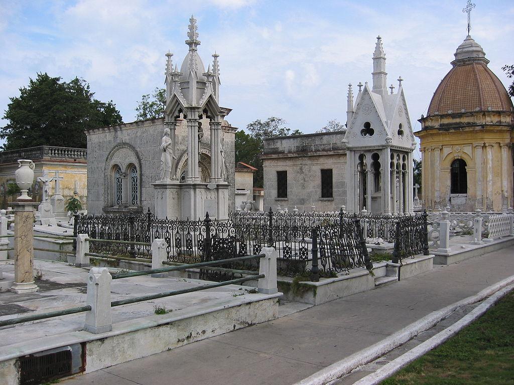 1024px-Colon_Cemetery_Havana